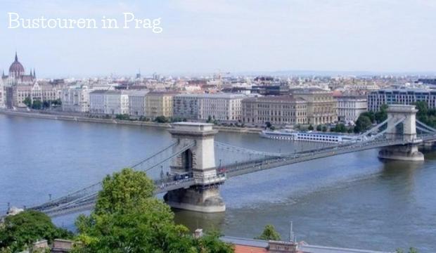 Bustouren in Prag und Umgebung